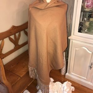 Accessories - Very Large Wool Shawl Leather Fringe